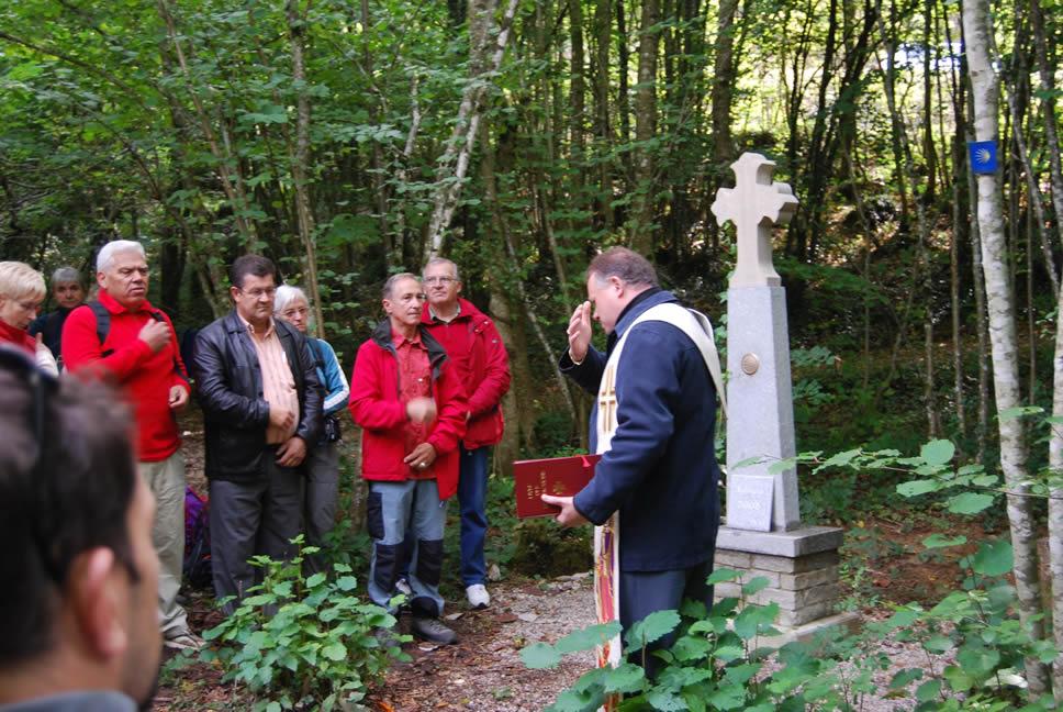 Inauguration de la croix de Dronière